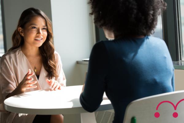 Langage corporel : pourquoi est-il crucial en entretien ?
